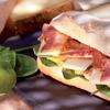 Sandwichs composés par des chefs pour La Croissanterie