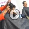 Cette coiffeuse détient le record du monde de coupe de cheveux, avec 571 coupes en 24h !