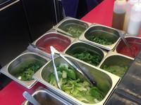 Grillé sauce blanche, rouge et verte - Grillé à Paris - Photo 8