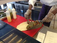 Grillé sauce blanche, rouge et verte - Grillé à Paris - Photo 6