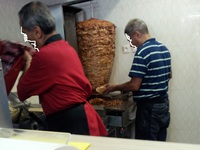 Kebab frites et pizza viande kebab - Restaurant Bodrum à Paris - Photo 9