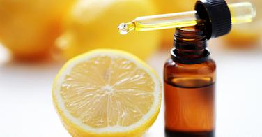 Des huiles essentielles pour soigner ma peau