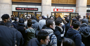 L'ouverture de Burger King moquée