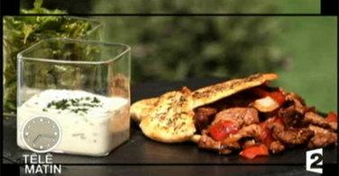 Kebab d'agneau mariné, miel et moutarde