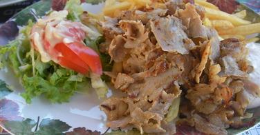 Assiette Kebab Frites - Le Divan à Auxerre