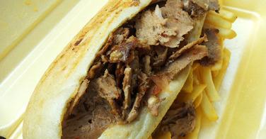 Menu grec broche de viande haché de boeuf et grec veau - O'Clos à Eaubonne