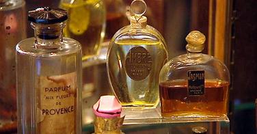 Cette marque crée un shampooing professionnel en collaboration avec les parfumeurs les plus réputés du monde !