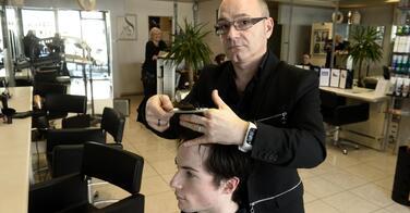 Le RSI réclame à ce coiffeur la somme hallucinante de 1,5 million d'euros !