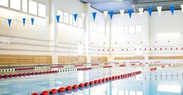 Poux et piscine : peut-on attraper des poux à la piscine ?