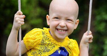 Atteinte d'alopécie, sa vie est bouleversée quand elle gagne un concours de mannequinat !