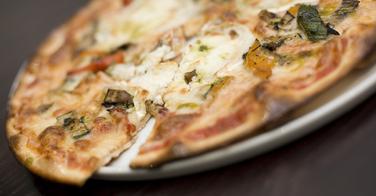 Version sucré-salé, la pizza chèvre miel