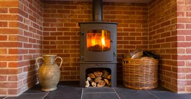 Utiliser un poêle à bois pour la cuisson