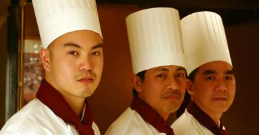 Des chefs étoilés japonais formés en France
