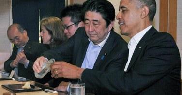 Barack Obama savoure ses sushis chez Jiro
