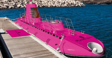 Planet Sushi s'installe dans un sous-marin rose à Ibiza