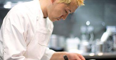 Les chefs japonais, nouveaux maîtres de la gastronomie française